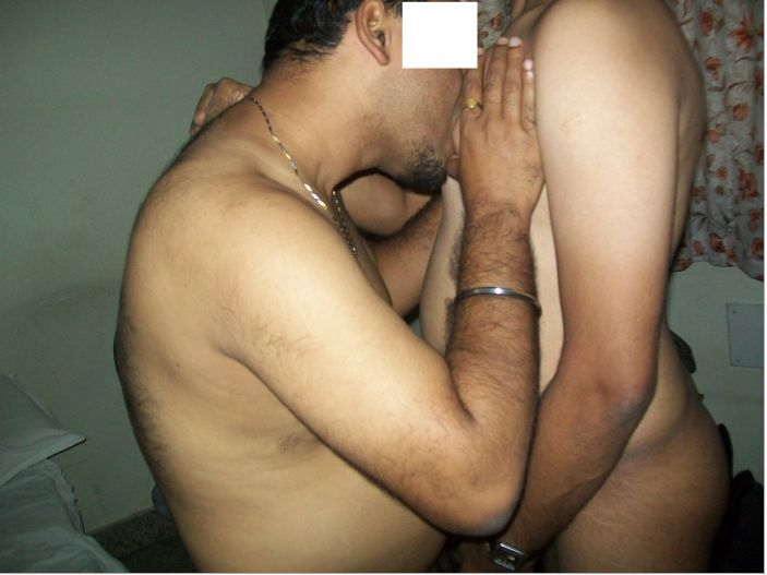 Hot indian gay sex pics