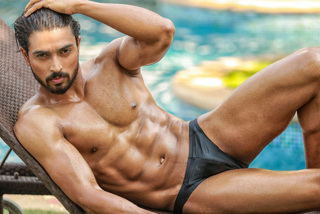 punjabi-male-nudes-pool-games-sexy-porn