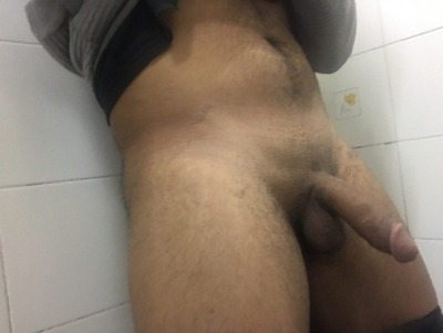 horny hunk shows off tight hole