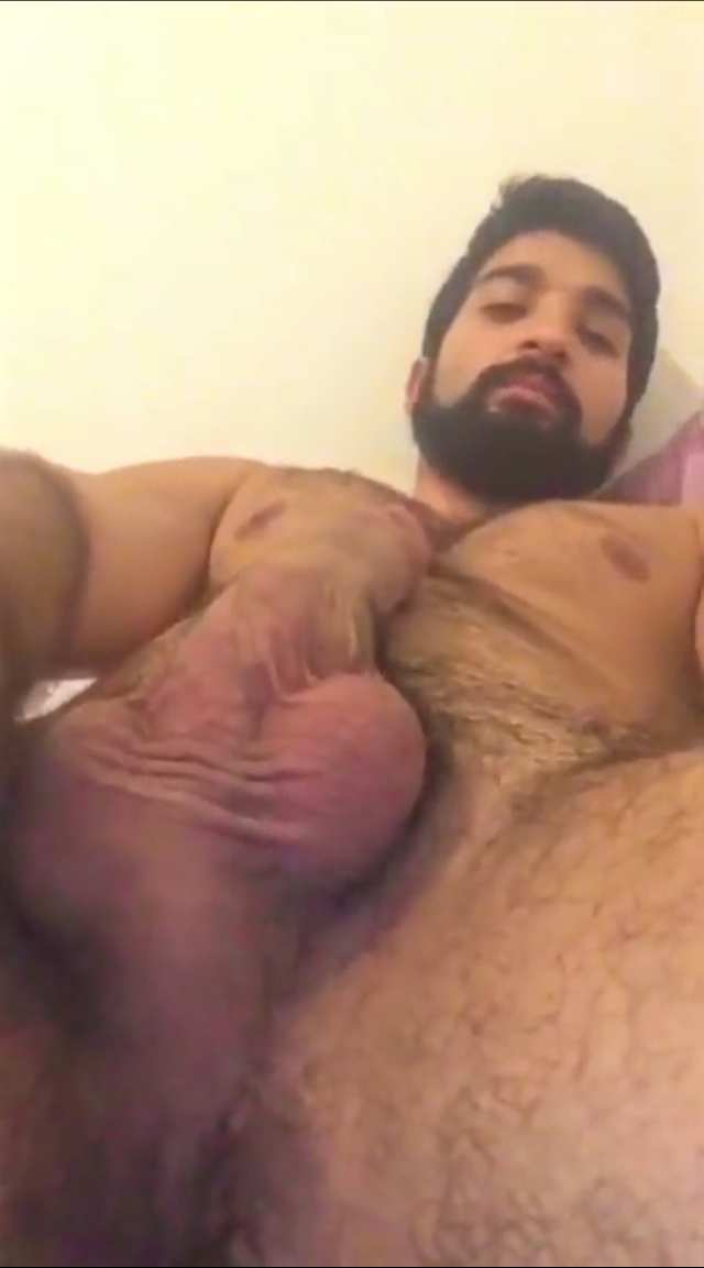 Indian Guy Play On Cam