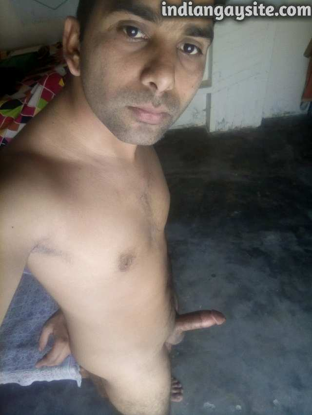 Indian Gay Porn: Sexy desi hunk showing off his big and hard circumcised dick