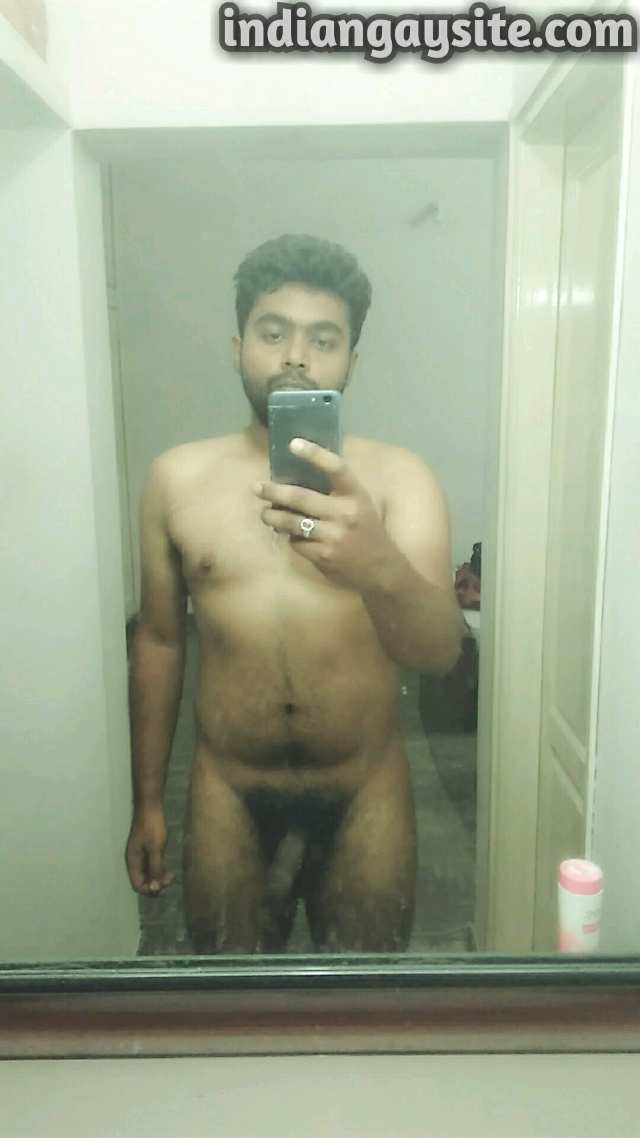 Indian Gay Porn: Sexy desi bottom showing off his hot body and bubbly ass: 1