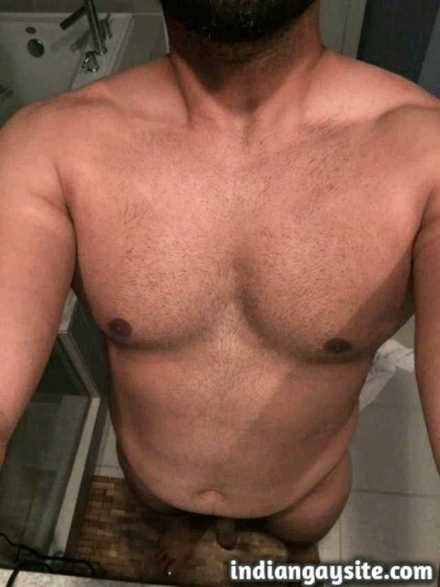 Indian Gay Porn: Sexy Paki bear showing off his hot ass and body in various poses