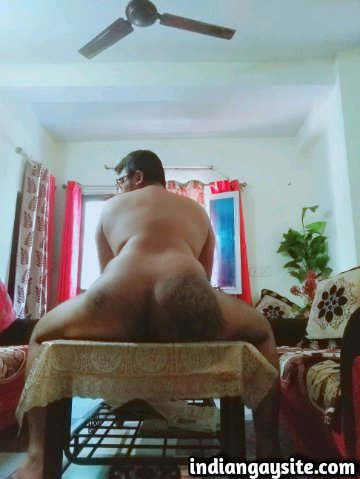 Indian Gay Porn: Sexy desi bottom showing off his round and smooth tattooed bubble butt