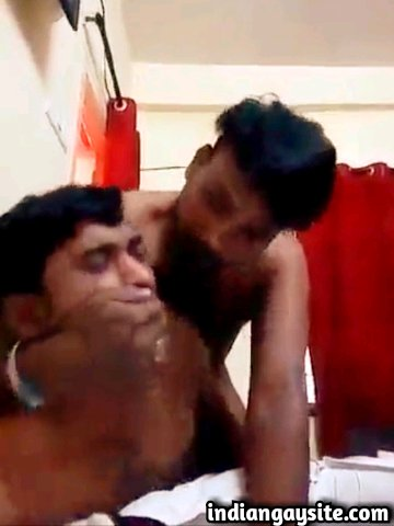 Indian gay sex video of a dominating South Indian top fucking a slutty submissive bottom
