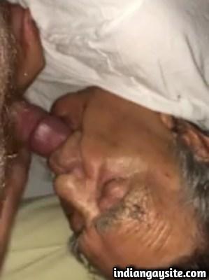 Gay porno clip of horny daddy getting face fucked