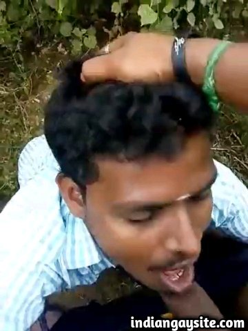 Indian gay blowjob video of a horny and wild cock sucker gagging on a big cock out in the open