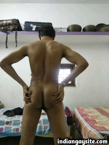 Indian Gay Porn: Sexy muscular desi hunk exposing his hot naked body and stripping: 1