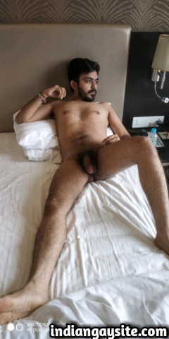 Indian Gay Porn: Sexy desi hunk exposing his hot naked body in various poses for you