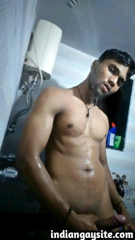 Indian Gay Porn: Sexy muscle hunk showing off his hot naked muscular body and big dick