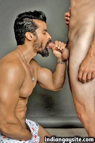 Indian Gay Sex Story: #Hasrat: 2
