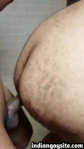 Indian gay sex video of a slutty desi bottom getting fucked deep and bare by a wild top