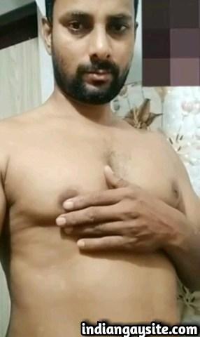 Horny desi naked hunk from Punjab having video sex