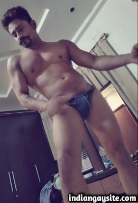 Desi gay hunk stripping naked and having fun