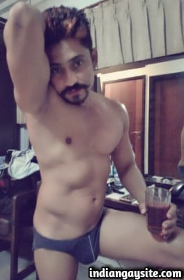 Desi gay hunk stripping naked and having fun