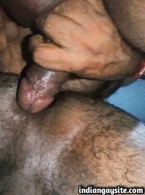 Indian gay sex video of fingering before fucking