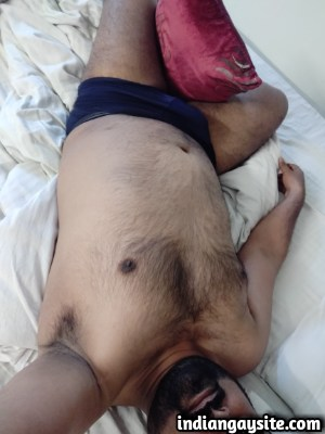 Desi gay hunk showing naked hairy body in boxers