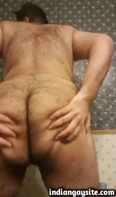 Gay porn video of a Paki bear cub twerking his ass