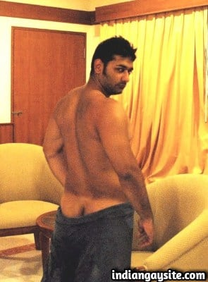 Sexy desi hunk showing off his bubble butt shyly