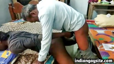 Desi gay sex video of mature daddy fucking twink