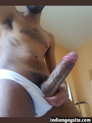 Sexy desi hunk exposing his giant hard cock