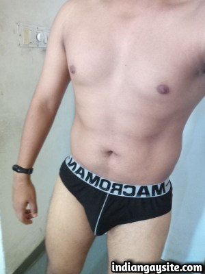 Naked desi hunk showing off big dick & hot butt