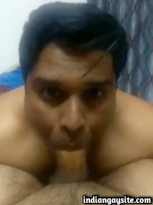 Indian Gay Blowjob Video of an Amazing Cock Sucker