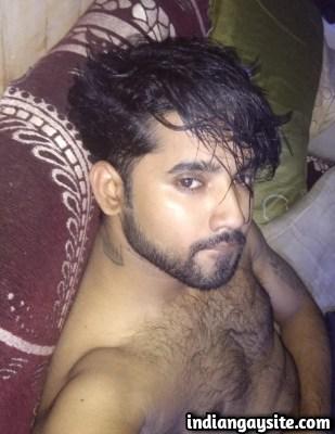 Desi Gay Porn Pics of Horny & Hairy Hunk