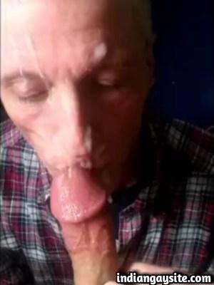 Gay Sex Video of White Dad Sucking Paki Cock