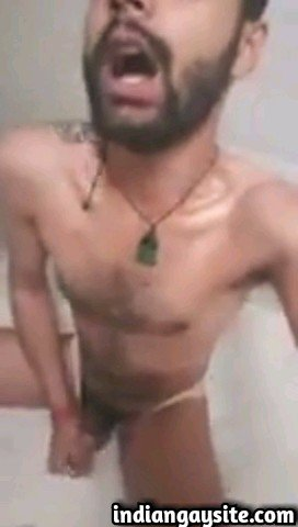 Desi Gay Video of Slutty Guy's Self Piss Shower