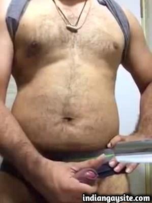Indian Gay Video of Horny Hot Guy Masturbating