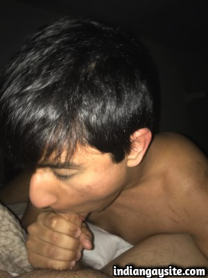 Indian Gay Blowjob Pics of Twink Sucking White Cock
