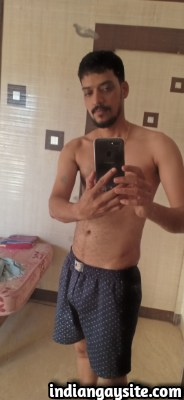 Sexy Indian Hunk Strips Naked to Show Bare Body