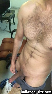 Lund Pics of Thick & Juicy Circumcised Indian Cock