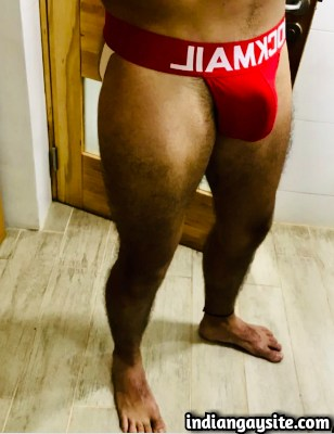 Sexy Indian Hunk shows Bubble Butt in Jockstraps