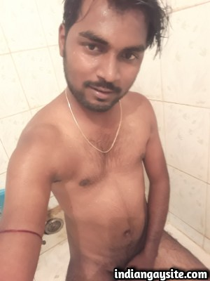 Sexy Indian Hunk Exposing Hot Naked Body