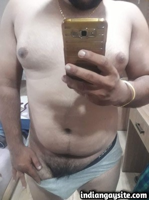 Sexy Indian Hunk Strips & Shows Naked Body