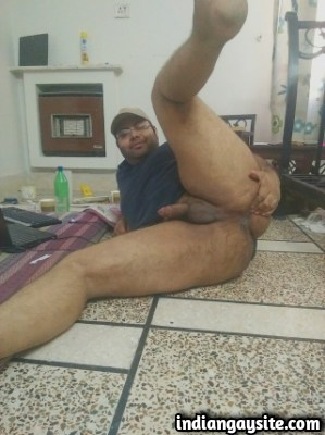 Indian Gay Porn feat. Cute Naked Bottom with Big Butt