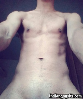 Lund Pics of a Horny & Young Mallu Hunk