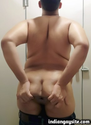 Indian Gay Porn feat. Slutty & Horny Bottom from Noida
