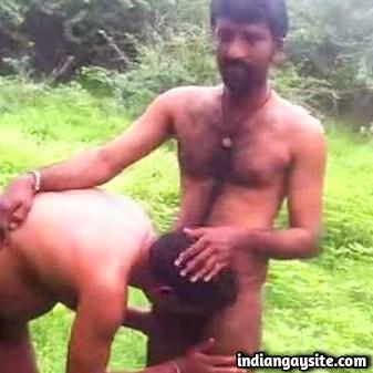 Desi Gay Sex Video of Mature Men Having Fun Outdoor