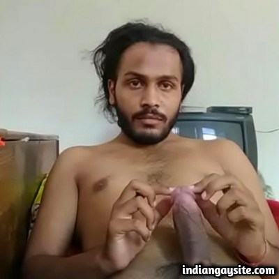 Desi Gay Video of Horny Hairy Hunk Going Slutty