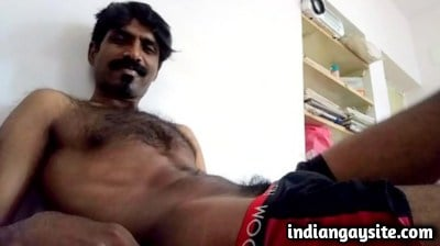 Indian Gay Porn Video of Mallu Guy Wanking Naked