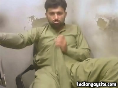 Pakistani Gay Video of Hot Hunk's 10inch Cock