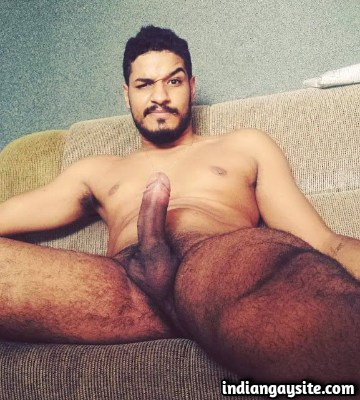 Naked Indian Hunk with a Cute Smile & Big Cock