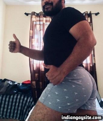 Desi Gay Sex Story of a Slutty Night at Beach: 2