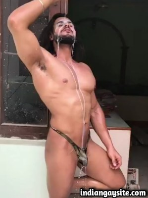 Muscular Hunk Pours Milk on Himself in Desi Gay Porn Video