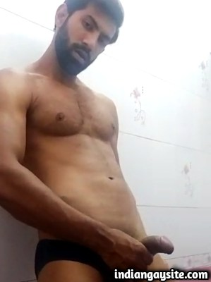 Sexy Indian Model Wanks in Gay Porn Video