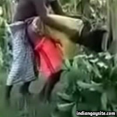 Wild Farmers Fucking in Fields in Desi Gay Sex Video