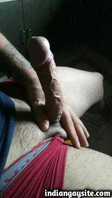 Naked Indian Hunk Exposes Big & Hard Uncut Dick